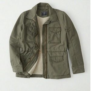 A&F Sherpa lined jacket *NO LOW-BALL OFFERS!*
